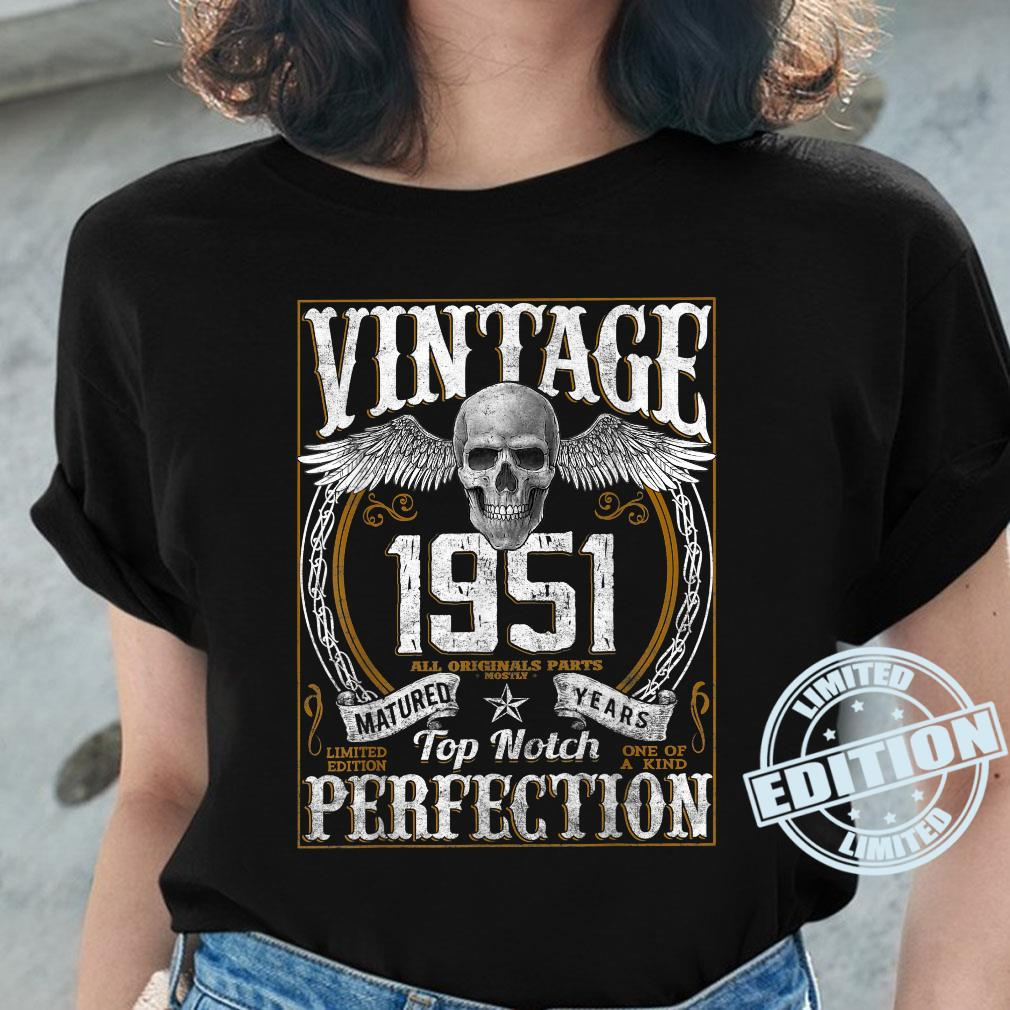 Vintage 1951 Limited Edition 1951 70 years old 70th Birthday Shirt ladies tee